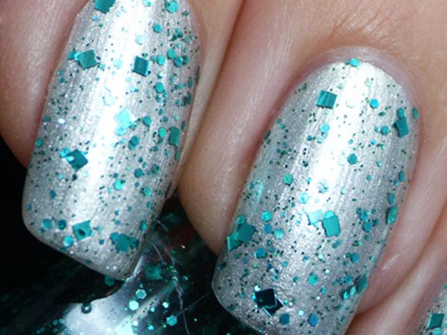 Glitter-Nail-Polish-Ideas-13