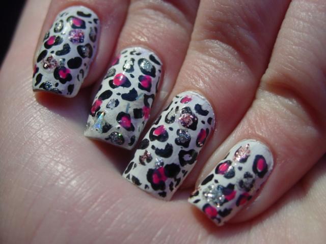 Glitter-Nail-Polish-Ideas-24