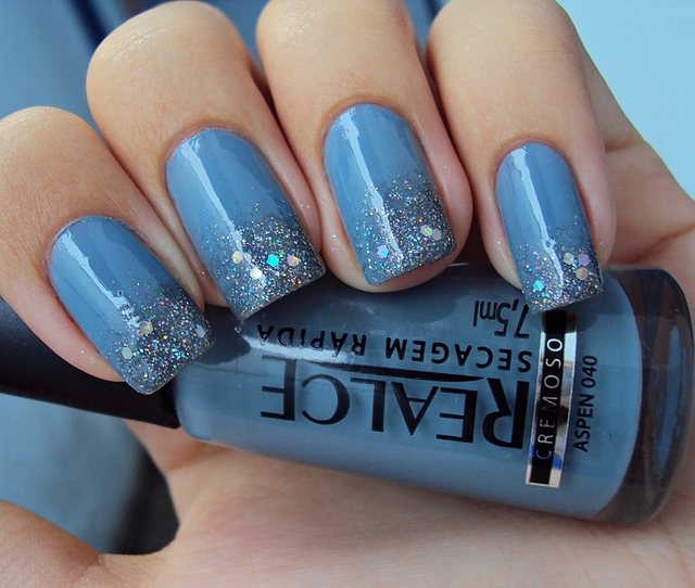 Glitter-Nail-Polish-Ideas-25