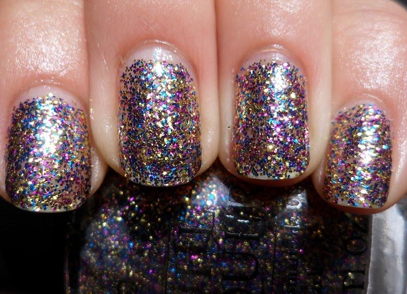 Glitter-Nail-Polish-Ideas-38