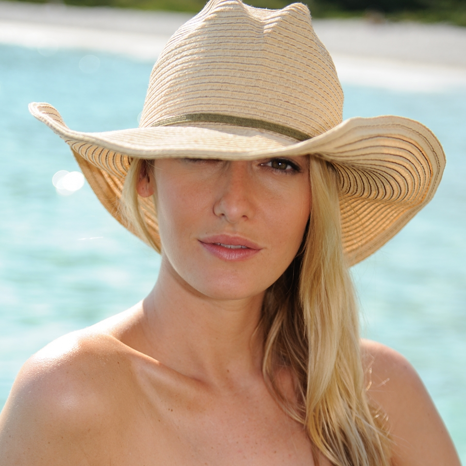 wide brimmed hats on straw fedora sun hats