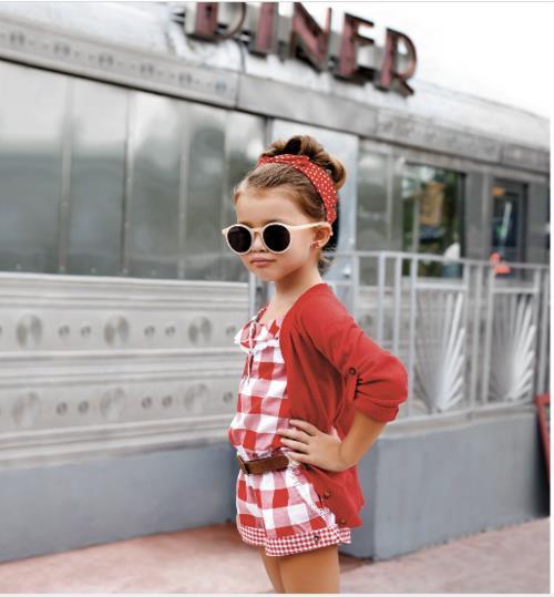 Young-Fashionistas-2-18